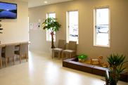 ファミリア歯科 待合室